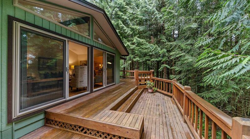 What to Consider Before Building a Deck